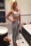amateur photo Blonde ready to party