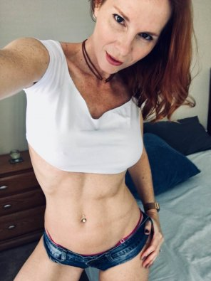 amateur photo 42 and still banging!