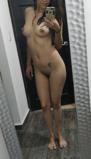 amateur photo After shower pokies [F34]