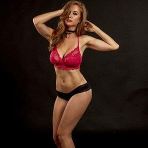 amateur photo Love her curves