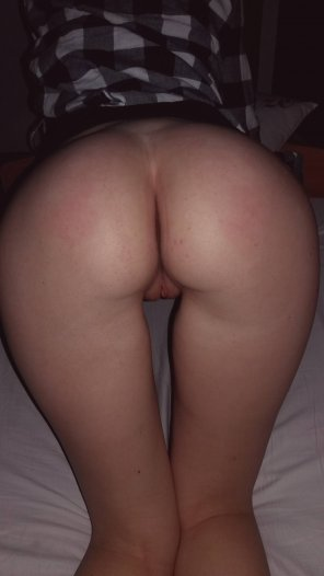 amateur photo Young German Ass