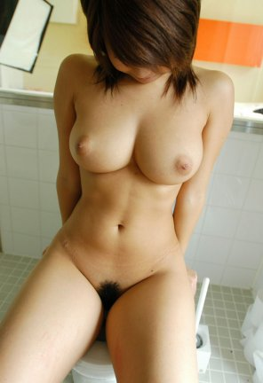 amateur photo hot asian with hairy pussy