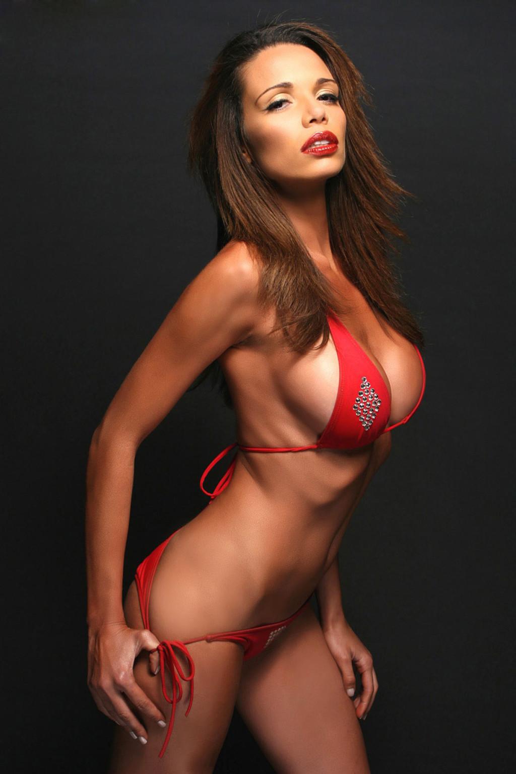 Alejandra Gutierrez  nackt
