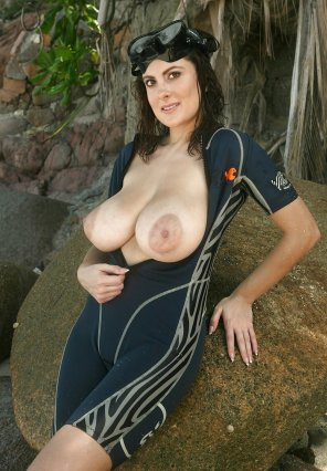 amateur photo Wet suit