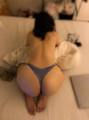 amateur photo My wife loves when others complaint her wonderful ass.