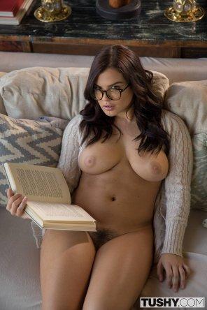 amateur photo Bookworm