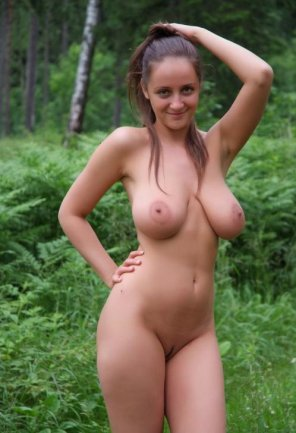 amateur photo Great body in the great outdoors