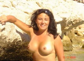 amateur photo Getting some sun on those titties