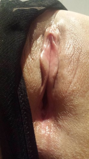 amateur photo My pussy up close. Give it a lick 😛