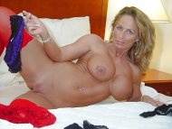 amateur photo Tidy MILF
