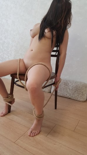 amateur photo Obedience chair 😈 [OC]