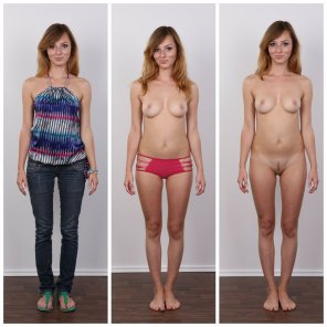 amateur photo Three simple steps to getting undressed