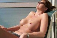 amateur photo [image] Perfect tits sunbathing