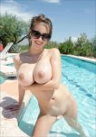 amateur photo Swimming pool beauty