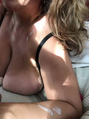 amateur photo Cum in morning sun...