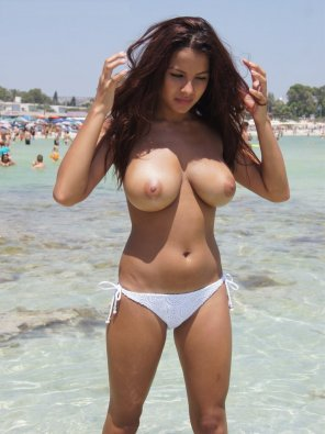 amateur photo Lacey Banghard