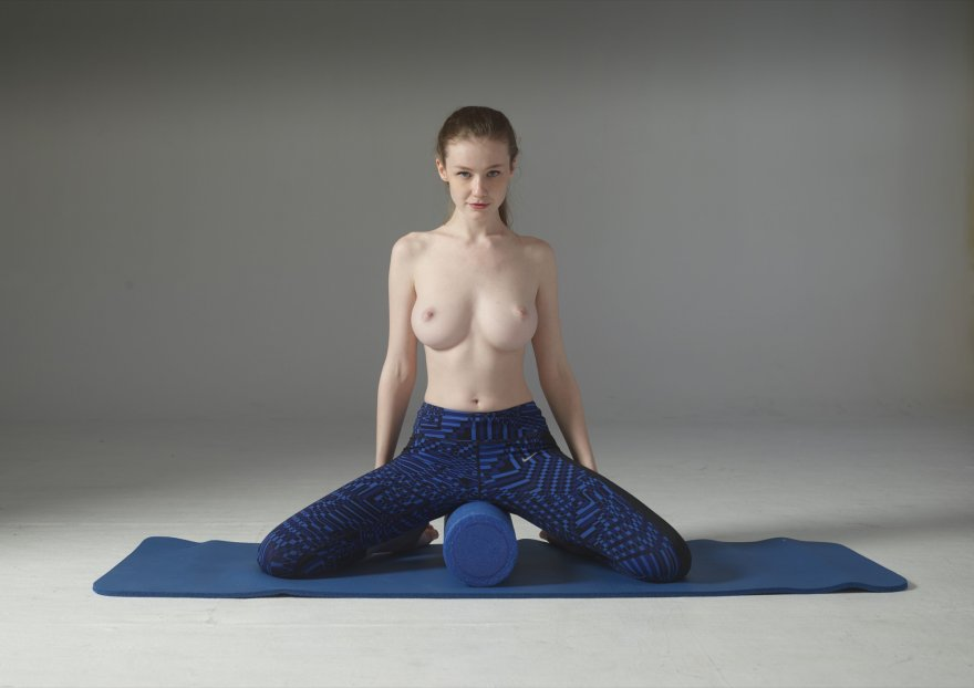 The best way to yoga Porn Photo
