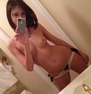amateur photo PicTopless cutie