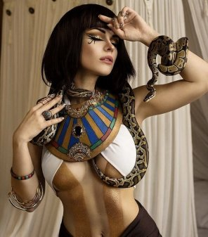 amateur photo Captain Irachka as Cleopatra
