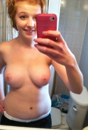 amateur photo Redhead with beautiful titties