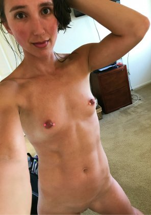 amateur photo Naked Sel[f]ie