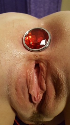 amateur photo Red got so excited from Wolf putting the plug in, she just glistens! [F]