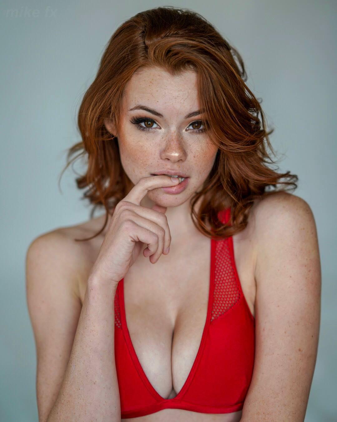 Fuck Sabrina Lynn naked (81 photo), Topless, Bikini, Boobs, butt 2017