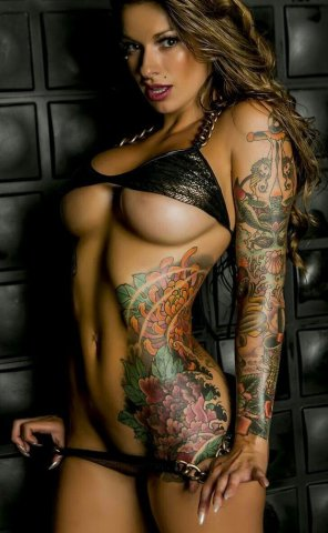 amateur photo Inked Body