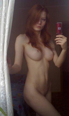 amateur photo Throwback selfie