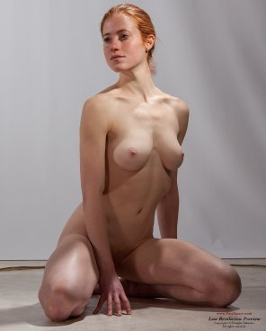 amateur photo Natural redhead nude model Becca