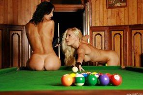 amateur photo Nude Billiards