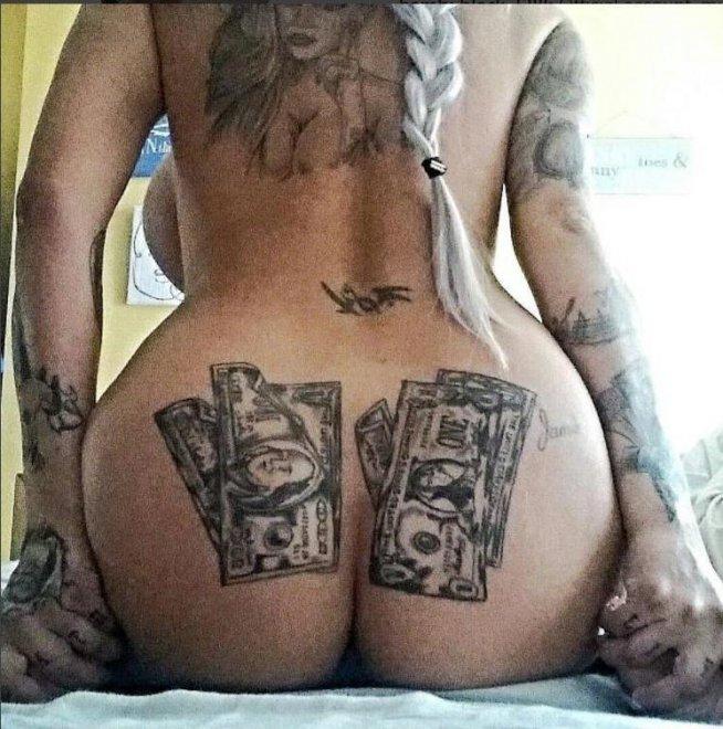 Money loving blonde Porn Photo
