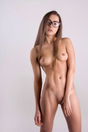 amateur photo Cute petite girl with glasses