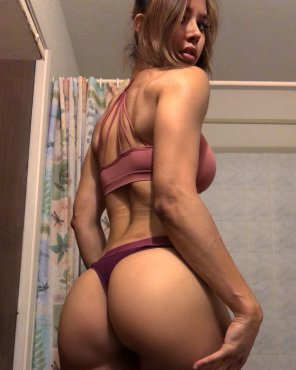 amateur photo Kayli Ann Phillips