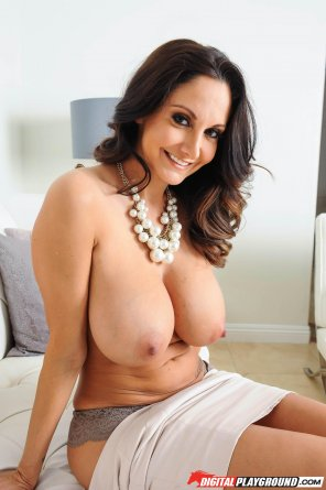 amateur photo The Classy Ava Addams