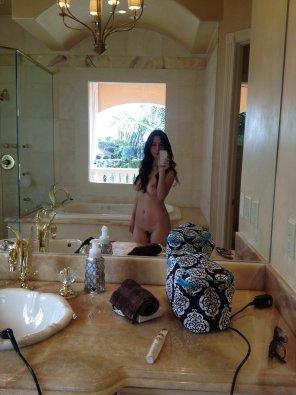 amateur photo Fancy bathroom