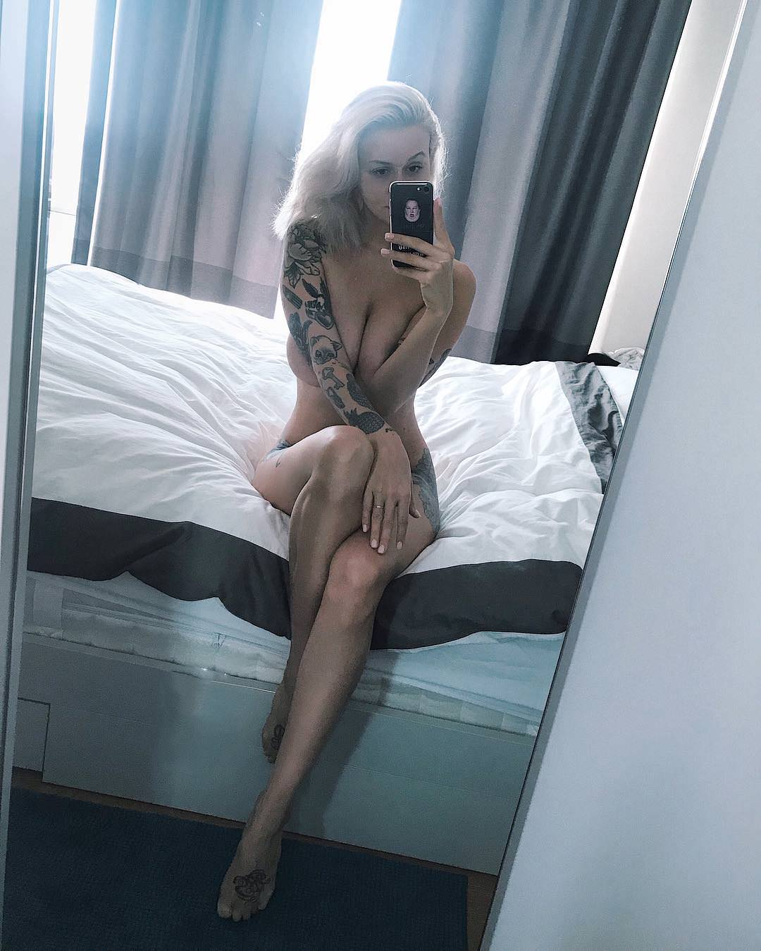Peliculas Porno De Mirie Mooror revealing and tasteful porn photo - eporner