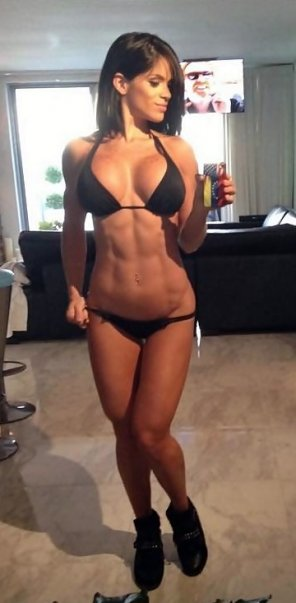 amateur photo what a body!