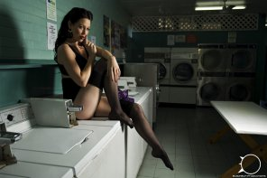amateur photo Laundry MILF