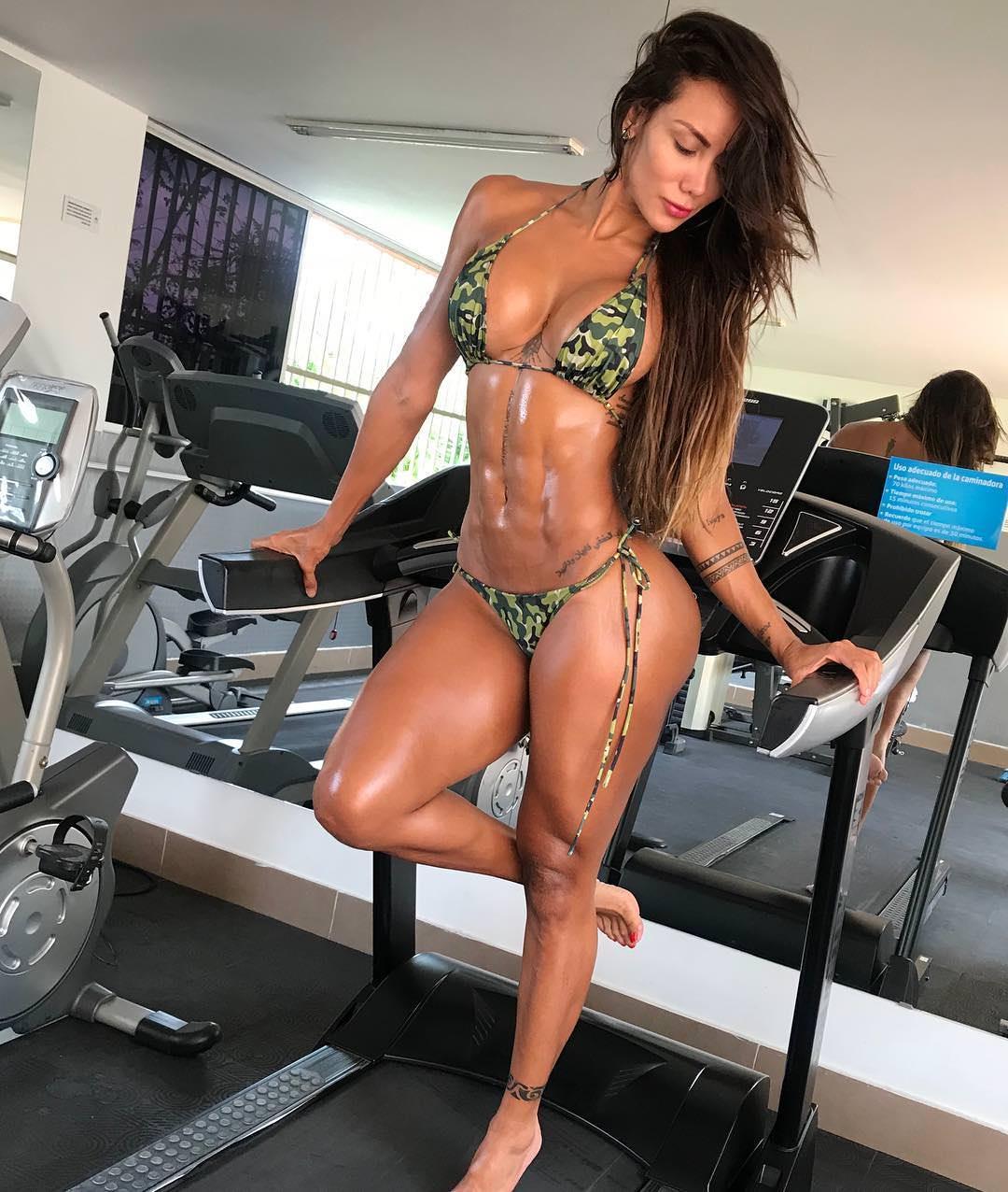 Sonia Isaza  nackt