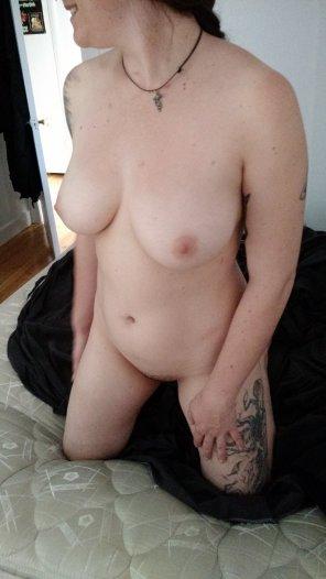 Flashing pussy in public lingerie amateur