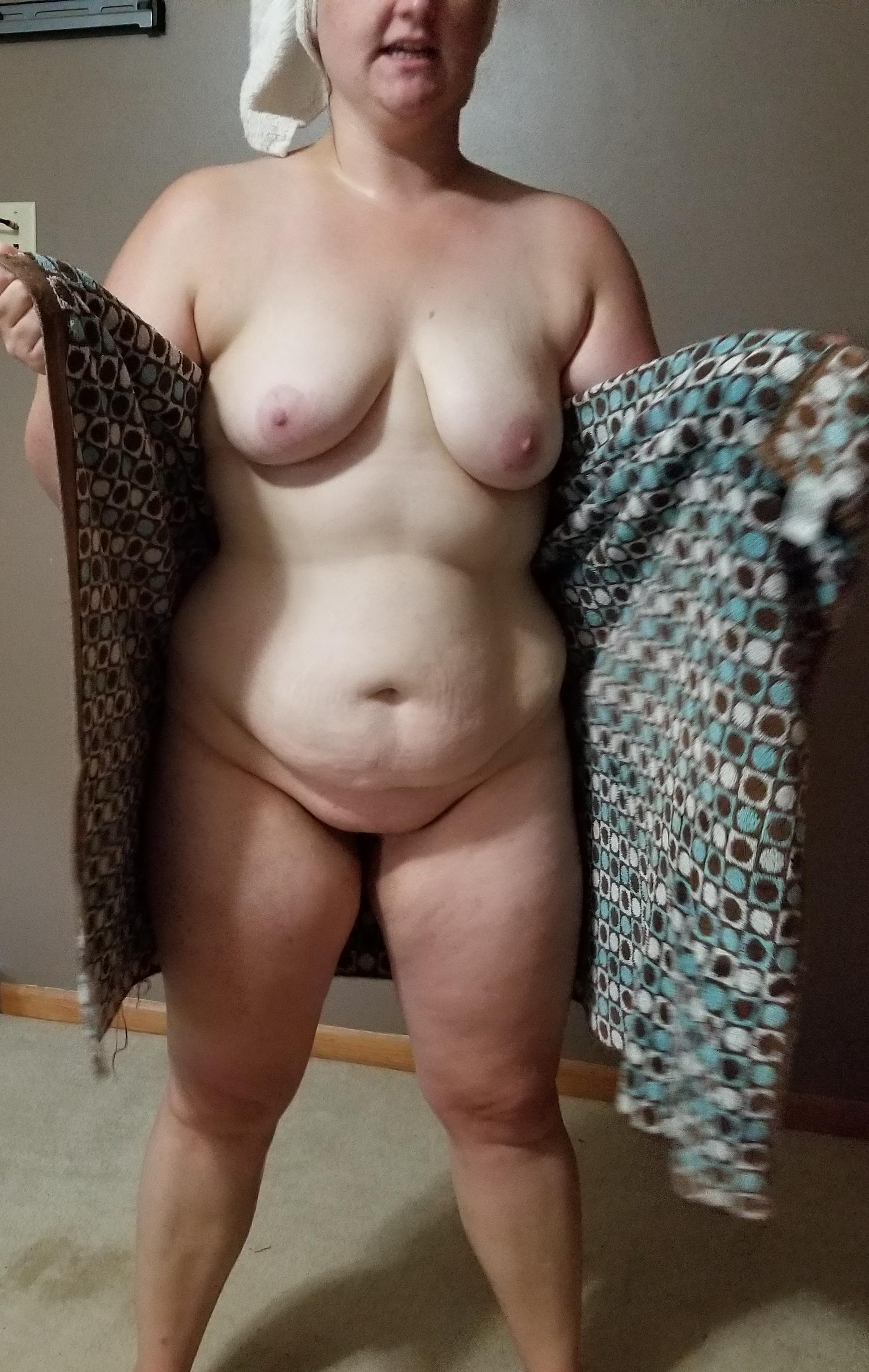30 Year Old Porn shower time for these 30 year old tits porn pic - eporner