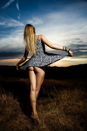 amateur photo Dancing in the twilight