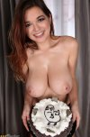 amateur photo Tessa and a cute cake
