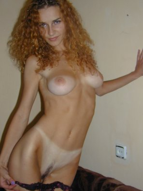 amateur photo Petite Sexy Redhead