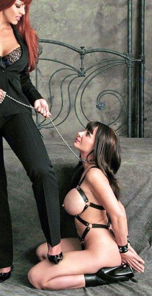 amateur photo Securing her slave