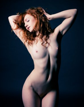 amateur photo Wild red hair
