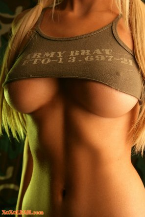 amateur photo Army Brat