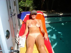 amateur photo Relaxing by the pool