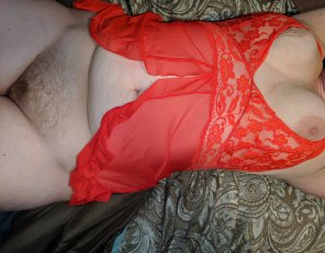 amateur photo One last outfit change be[f]ore bed. Don't stand by the edge, dive in!